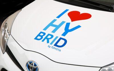 stigende efterspørgsel på hybrid biler